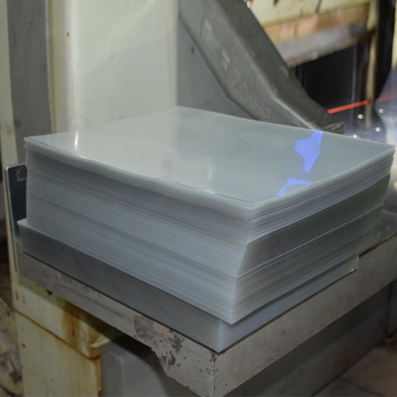 Plastic decorative sheet